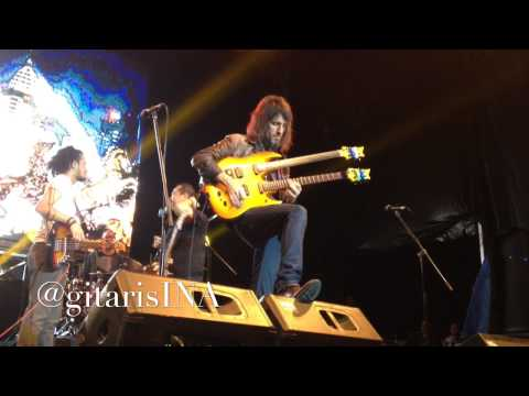 Ron Thal Bumblefoot - Indonesia Raya At Jakarta Blues Festival 2013