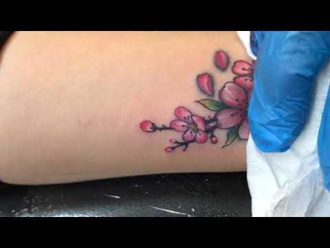 Tattoo cover , Sử Hình Xăm Hoa Đào Hình Xăm Mini Ở Cổ Tay   Tất tần tật các nội dung nói về hình xăm ở cổ tay chính xác nhất