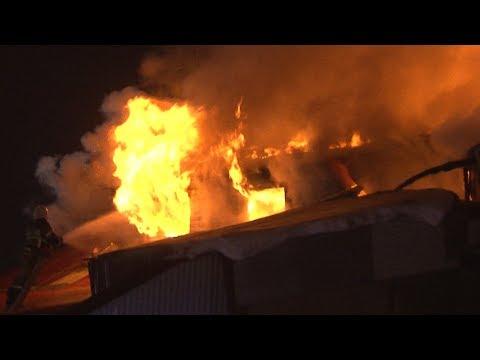 В Самаре на Алма-Атинской сгорел автосервис