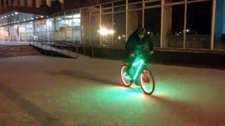 Дрифт на велосипеде зимой.(Музыка: Magic Marker-Silent Partner., 2013-10-22T15:54:17.000Z)