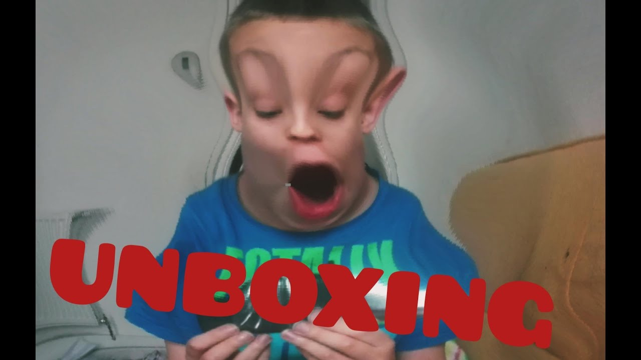 TOY RETRACTABLE KNIFE UNBOXING VIDEO (Gone Wrong)