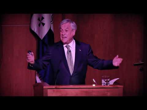 Sebastián Piñera inauguró Ciclo de Conferencias Presidenciales de la U. San Sebastián.