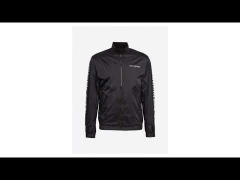 95b4b3d843 Calvin Klein Jeans Přechodná bunda  SIDE LOGO TRUCK JACKET  černá ...