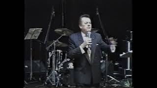 Смотреть видео Джон Аванзини «Библейская экономика» 2-ч  г. Москва 20.04.1999г онлайн