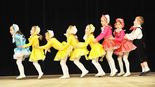 "Танцы для детей ""Куклы"""