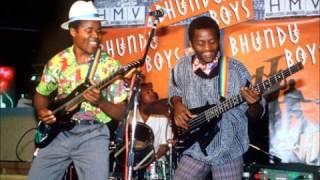 Bhundu Boys Live (1 of 4)