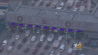 Holland Tunnel Holiday Decorations Cause A Stir