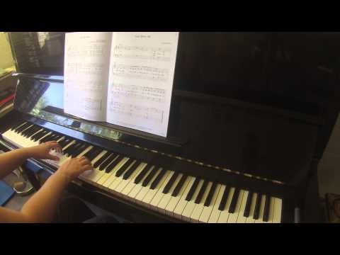 Must Be Santa by Moore & Fredricks Showtime Piano Christmas level 2A faber (easy piano)