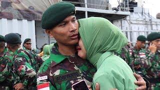 Cover images Penuh Haru, Ratusan Istri Prajurit Lepas Suami Pergi Tugas - Buletin TNI AD EPS 257 PART 7/7