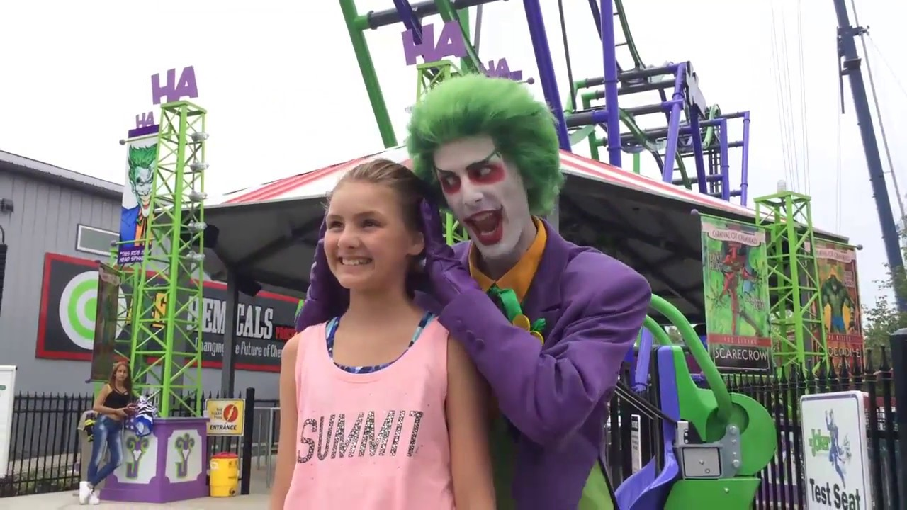 six flags new england showcases the joker a 4d coaster in agawam