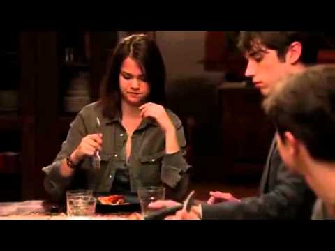 """Download The Fosters 1x01 """"Who's This"""" Sneak Peek #2"""