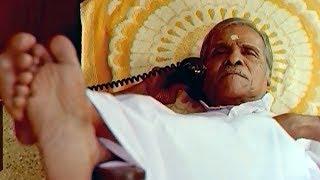 നിൻ്റെയൊക്കെ അമ്മയെ കെട്ടിയ പിശാച് തന്നെയാ..!! | Godfather | Malayalam Movie | Mass Scene