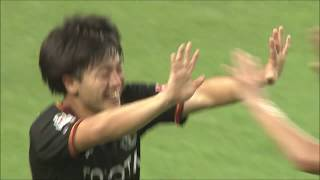 前田 直輝(名古屋)が左サイドからの折り返しを豪快に蹴り込み、勝利を...