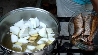 How To Buy & Fry Fish - Jamaican Style