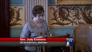 Sen. Emmons honors Larry Higdon at the Michigan Senate