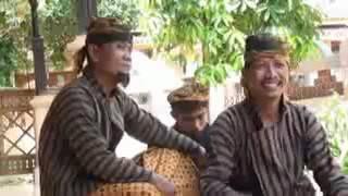 Sariden ( Syeh Jangkung ) part 4 (Ketika Sariden Berguru di sunan Kudus) film orang pati
