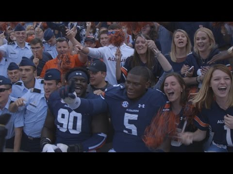 Jordan-Hare erupts as final score for Texas A&M loss is announced