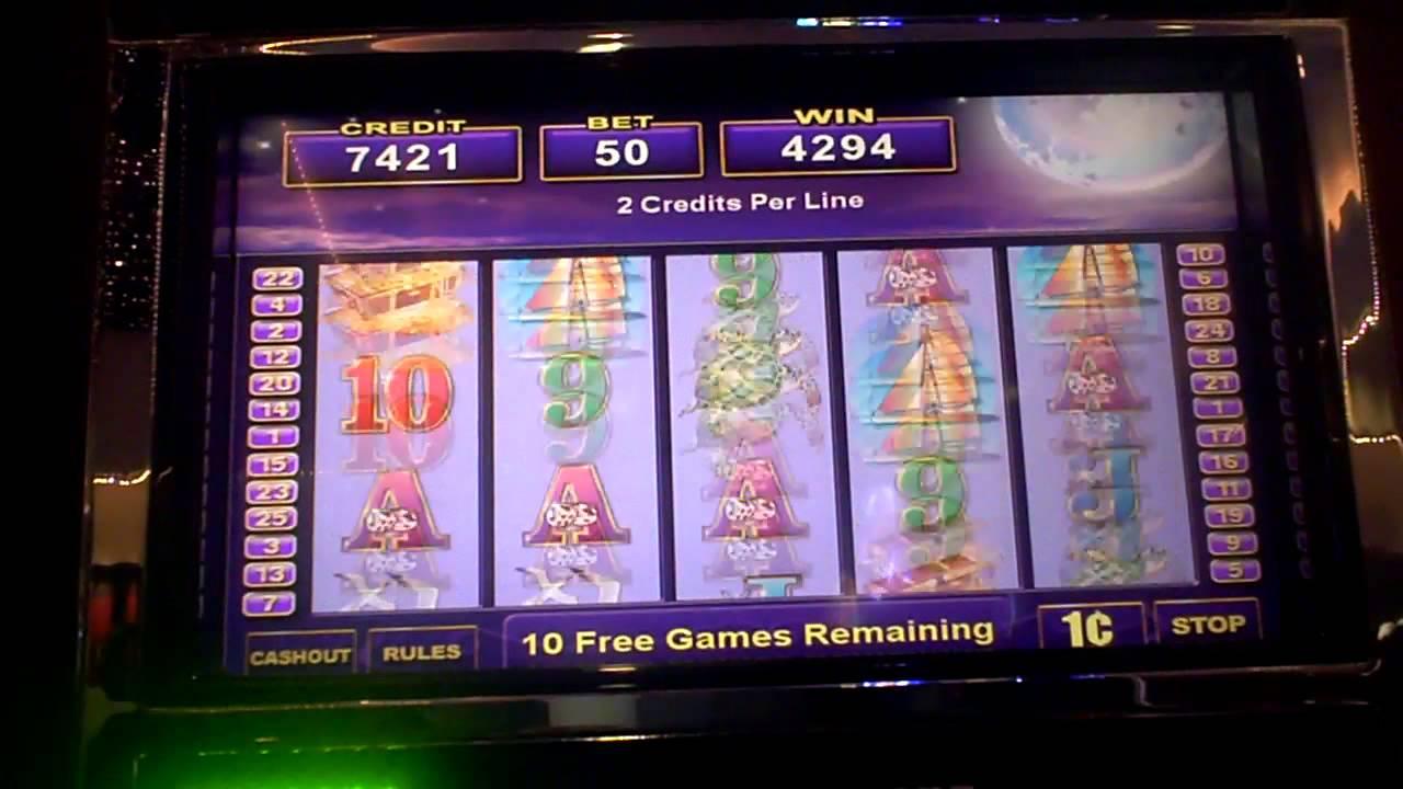 Paradise Moon Slot Machine