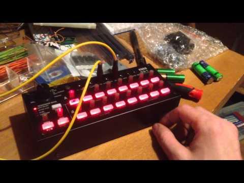 Korg SQ 1 & NAND / Schmitt Trigger DIY Oscillators
