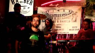 """Mi destino favorito"" - RUBENBE backed by BRAND NEW BRAINS (Directo Sala La Comedia)"