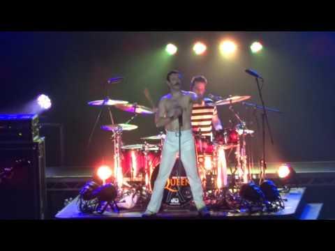 One Night Of Queen - Radio Ga Ga - Lyon Bourse du Travail 16.10.2015