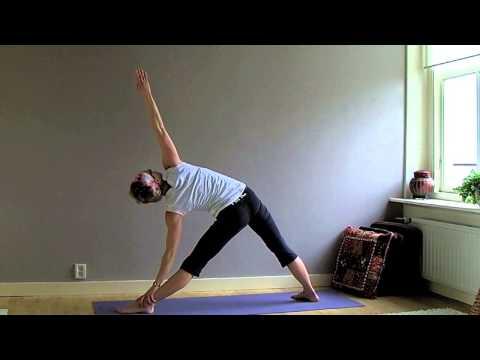 FLOW'ER Yoga Flow April