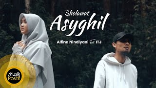 Alfina Nindiyani feat ITJ - Sholawat Asyghil ( Cover Music Video)