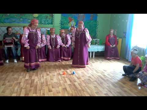 Лухский детский сад №3 – праздник Пасха Христова – игра кто дольше прокрутит яйцо
