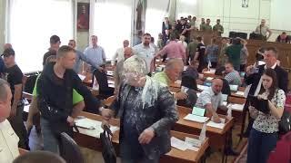 Сессия в Никополе Днепропетровской области