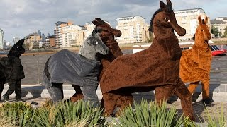 Racers Wanted For The London Pantomime Horse Race 2014