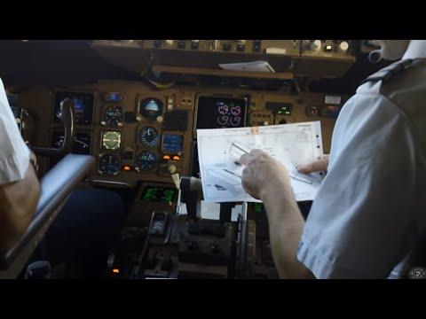 Cockpit Video Boeing 767-300