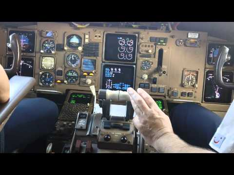 Cockpit Video Boeing 767-300