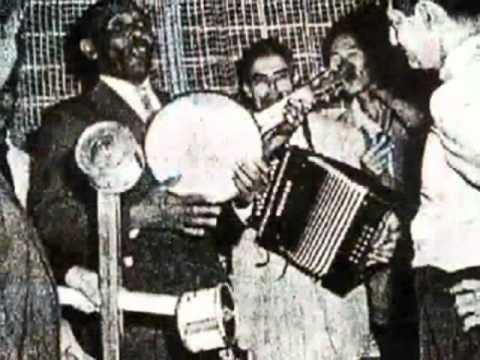 "Ismael ""Cocolay"" Rivera - Medley Plenas"