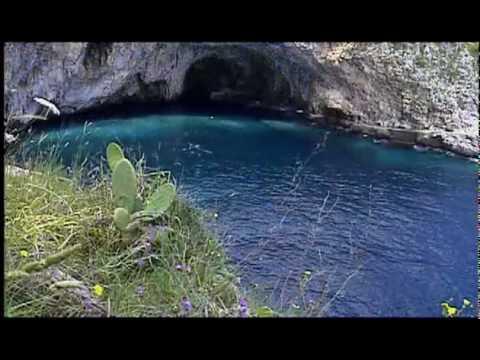 www.italytraveltours.biz Italy Travel  Southern Italy  Puglia  Bari,