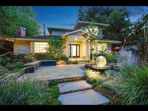 Sophisticated Artful Home  in Palo Alto, California