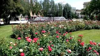 City of Roses - Donetsk Донецк - город цветов и фонтанов - городской ландшафтный дизайн(, 2013-07-18T08:42:10.000Z)