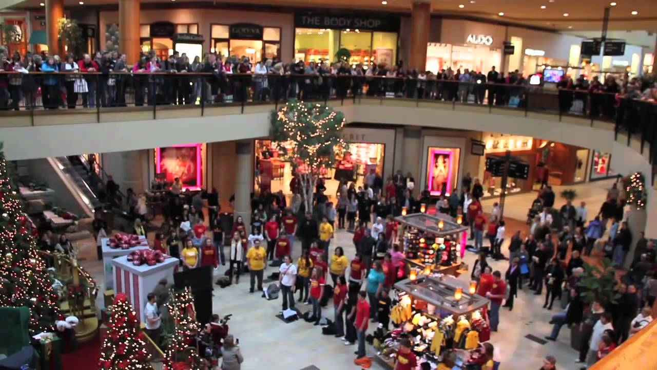 Flash Mob the best of Christmas 2011 | Flash Mob Best Of - YouTube