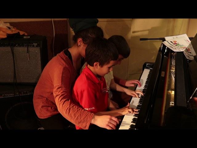 Escola El Racó - Piano - Inspector Gadget