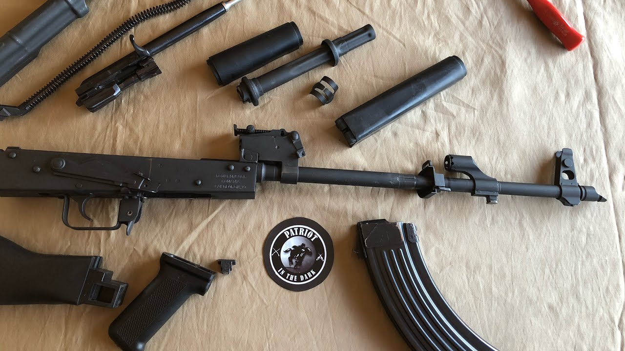 WASR 10 Romanian AK47  Series - Complete Descriptive bolt disassembly/ reassembly Part 1 of 2 * PITD