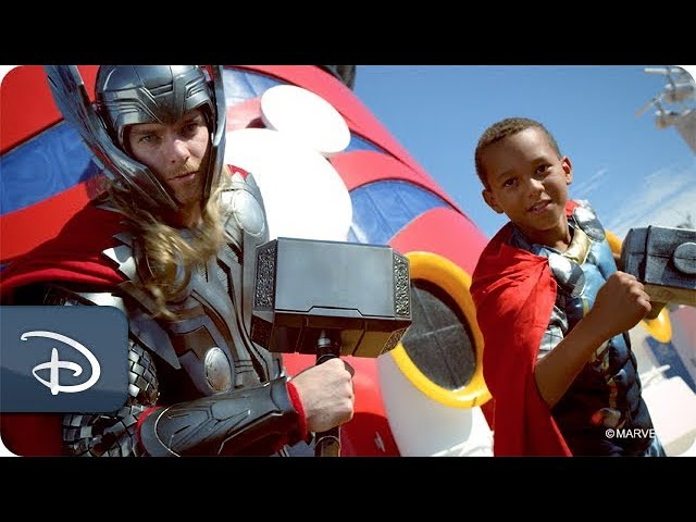 meet-marvel-super-heroes-during-marvel-day-at-sea