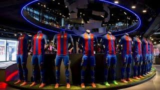 شاهد.. قميص برشلونة الجديد في متاجر إسبانيا