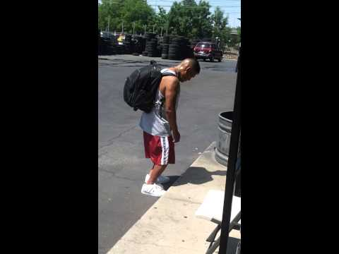 Fresno Ca-belmont/abby This Guy Is Loaded On Drugs Must Watch.....