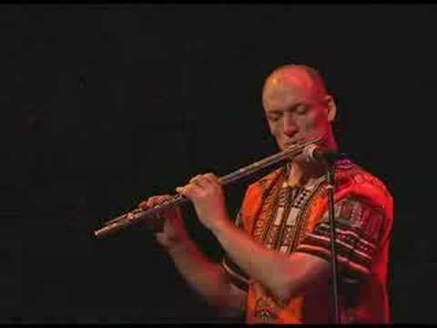 """Duel"" - Wouter Kellerman on flute & Michael Geo on guitar"