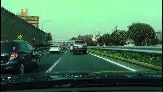 追い越しを塞ぐ車をケツピタで煽るランクル❗️ 数十秒後に笑撃の光景が❗️