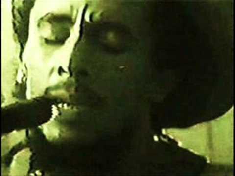 Bob Marley - Revolution - Zion Train - Pimpers Paradise (Tuff Gong,Jamaica,80)
