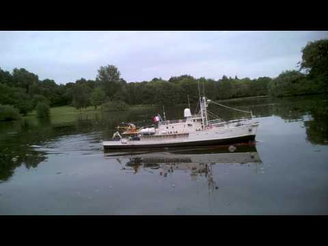 Modellboot Calypso von Billing Boats