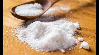 Вот зачем мыть пол водой с солью: о многом вы даже не подозревали