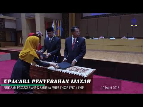 Upacara Penyerahan Ijazah Universitas Terbuka Padang Tahun 2018   Universitas Terbuka Padang