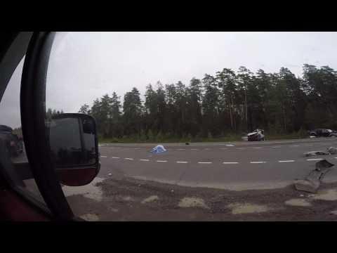 Авария на трассе Санкт-Петербург - Выборг 06.08.2016