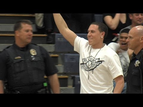 Mike Bibby booted from gym